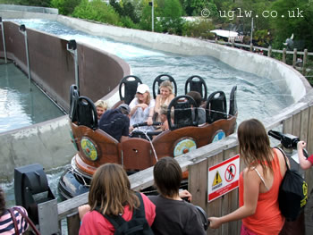 Vikings' River Splash at Legoland Windsor - passengers being squirted with water!
