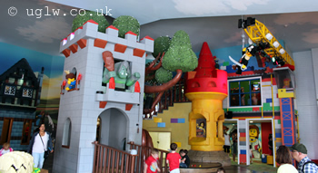 Legoland Windsor Resort Hotel - theming